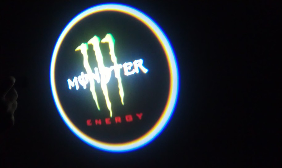 LED PROJEKTOR MONSTER
